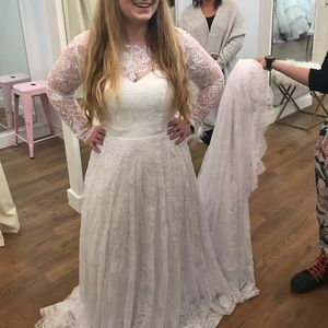 Long Sleeve Victorian Lace Wedding Dress